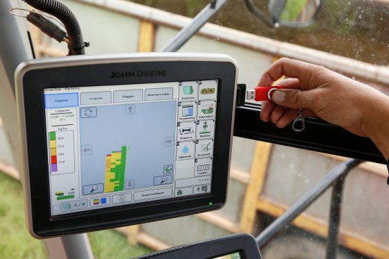 10 Ways Precision Agriculture is Transforming Farming ( Video)